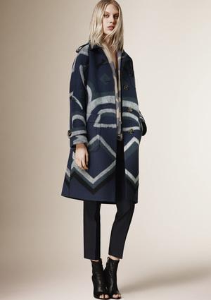Burberry_Prorsum_Womenswear_Autumn_Winter_2015_Pre-Collection_16-1293041215-thumb